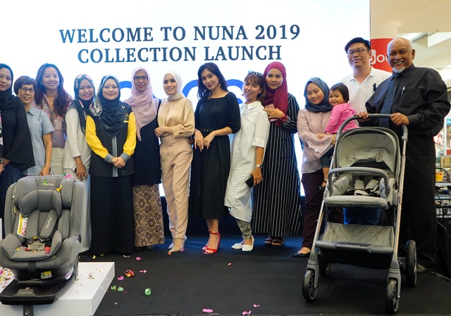 7th from left_ Noraizan Binti Din, Managing Director and co-founder of Supreme Global Marketing (SGM) Sdn Bhd posed with local celebrities and guests at the launch of Nuna The Threaded Collection