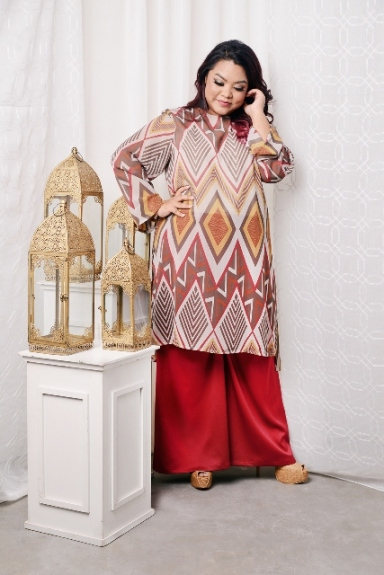 LONG SLEEVE TUNIC KURUNG IN BROWN with PALAZZO LONG PANTS IN MAROON