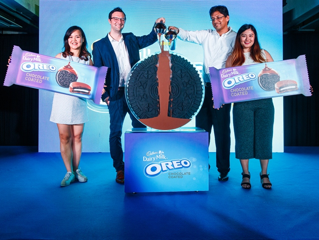 Oreo Stays Playful with the Launch of Oreo Chocolate Coated - [L-R] Mico Chia, Brand Manager, Oreo, Simon Crowther, Senior Marketing Manager, Biscuits and Snacks (Malaysia, Singapore, Thailand), Arpan Sur, Associat