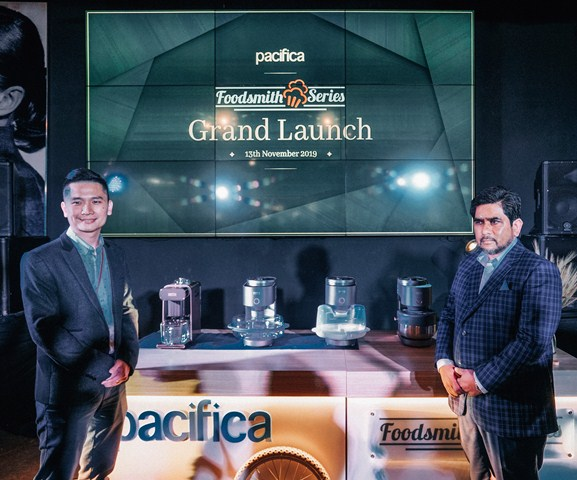 (L to R)John Thi, General Manager of Pacifica and Datuk Zaidi, Chairman of Key Alliance Group succesfully unveiled The Forge and The Vortex